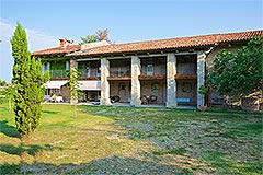 Country Estate with Vineyard for sale in Piemonte - Front view