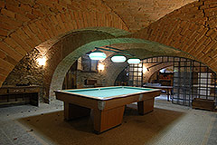 Characteristic Guest House for sale in the prestigious wine area of Barolo - Wine cantina