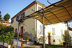 Characteristic Guest House for sale in the prestigious wine area of Barolo - Terrace area