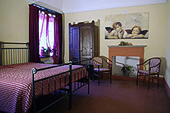 Characteristic Guest House for sale in the prestigious wine area of Barolo - Bedroom