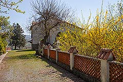 Country House for sale in Piemonte - Driveway