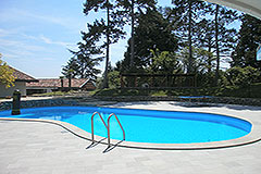 Luxury property for sale in Italy Piemonte - Pool area