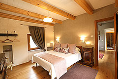 Luxury Stone Property for sale in Piemonte Italy - Spacious bedroom