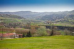 Italian farmhouse for sale in Piemonte - Views