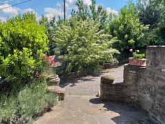 Country Stone Cottage for sale in the Langhe  region of Piemonte - Gardens