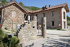 Restored Farmhouse for sale in Piemonte Italy - Entrance to the property