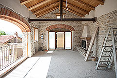 Restored Farmhouse for sale in Piemonte Italy - Exposed wooden ceiling