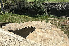 Traditional Stone House requiring finishing for sale in Piemonte - Stairs to garden