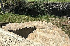 Casa in pietra in vendita Piemonte - Stairs to garden