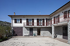 Traditional Italian Farmhouse for sale in Piemonte - Farmhouse with 66,000 sqm of land
