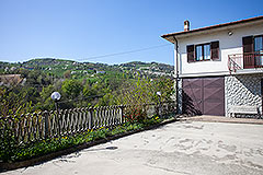 Traditional Italian Farmhouse for sale in Piemonte - Panoramic views