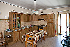 Traditional Italian Farmhouse for sale in Piemonte - Kitchen