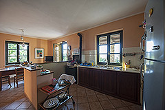 Country property for sale in Piemonte - Kitchen area