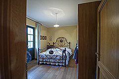 Country property for sale in Piemonte - Entrance to bedroom