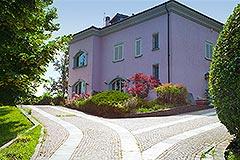 Luxusimmobilie zum Verkauf im Piemont, Italien - Front view