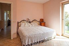 Luxusimmobilie zum Verkauf im Piemont, Italien - Main House - Bedroom