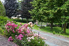 Luxury Property for sale in Piemonte Italy - Attractive gardens