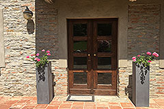 Italian farmhouse for sale in Piemonte - Front door