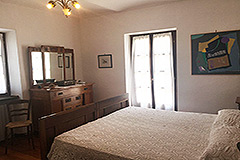 Italian farmhouse for sale in Piemonte - Bedroom