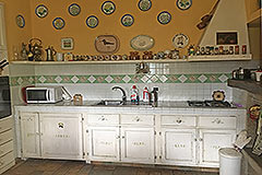 Italian Stone Farmhouse for sale in Piemonte Italy - Rustic style kitchen