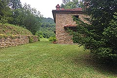 Italian Stone Farmhouse for sale in Piemonte Italy - Garden area