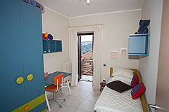 Village house in the prestigious town of Serralunga d'Alba - Bedroom