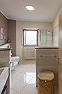 Village house in the prestigious town of Serralunga d'Alba - Bathroom