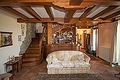 Prestigious Country Home for sale in Piemonte - Wooden bean ceilings