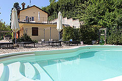Country House for sale in Piemonte. - Side view