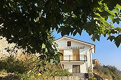Italian Country Villa for sale in Piemonte - Panoramic position