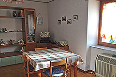 Italian Country Villa for sale in Piemonte - Dining area