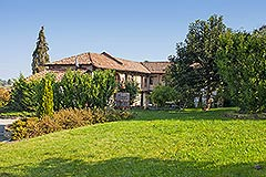 Luxury Stone Property for sale in Piemonte. - Spacious garden areas