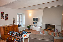 Luxuriöses Steinhaus zum Verkauf im Piemont. - Living area