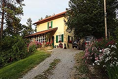 Italian Villa for sale in Piemonte Italy - Beautiful Italian Country Home in the most stunning location