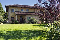 Luxury House for sale in Piemonte - Side view