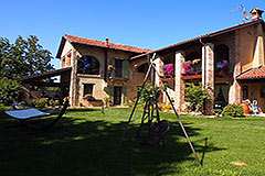 Luxury House for sale in Piemonte - Traditional L shape