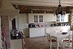Country Home for sale in Piemonte - Kitchen area