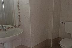 Dorfhaus zum Verkauf im Piemont - Bathroom