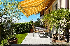 Apartment for sale in Piemonte Italy - Apartment with garden, garage and terraces in charming Langhe town.
