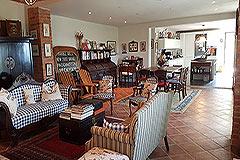 Italian farmhouse for sale in Piemonte - Living area