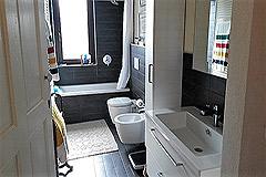 Italian farmhouse for sale in Piemonte - Bathroom