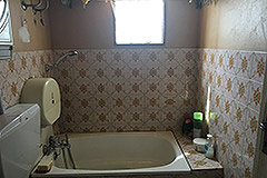 Property for sale in the Langhe region of Piemonte - Bathroom