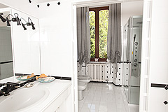 Lussuosa casa in vendita in Piemonte - Villa bathroom