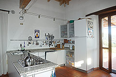 Tenuta di campagna con Vigneto e piscina. - Good quality kitchen