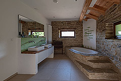 Luxury Property for sale in Piemonte Italy - Spacious bathroom