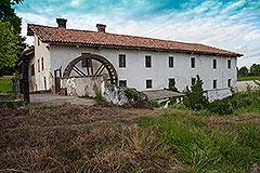 Storico mulino che risale al XVII secolo in vendita in Piemonte - Watermill