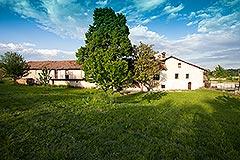 Storico mulino che risale al XVII secolo in vendita in Piemonte - Rear  View