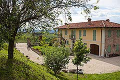 Country House for sale in the Langhe region of Piemonte - Restored Country Home