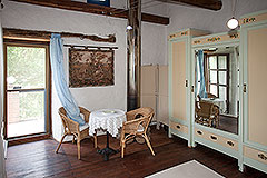 Langhe Stone House for sale in Piemonte. - Bedroom area