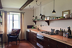 Luxury Stone Property with Swimming Pool for sale in Piemonte - Kitchen area